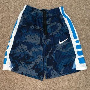 Nike boys shorts size medium